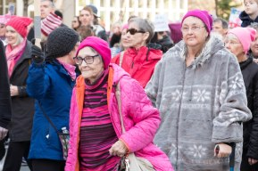 wm-4th-ave-pink-hats-2