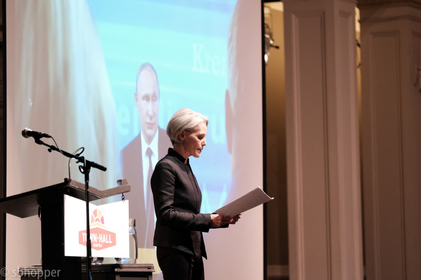 Jill Dougherty at Town Hall 17 May 2017 (2 of 6)
