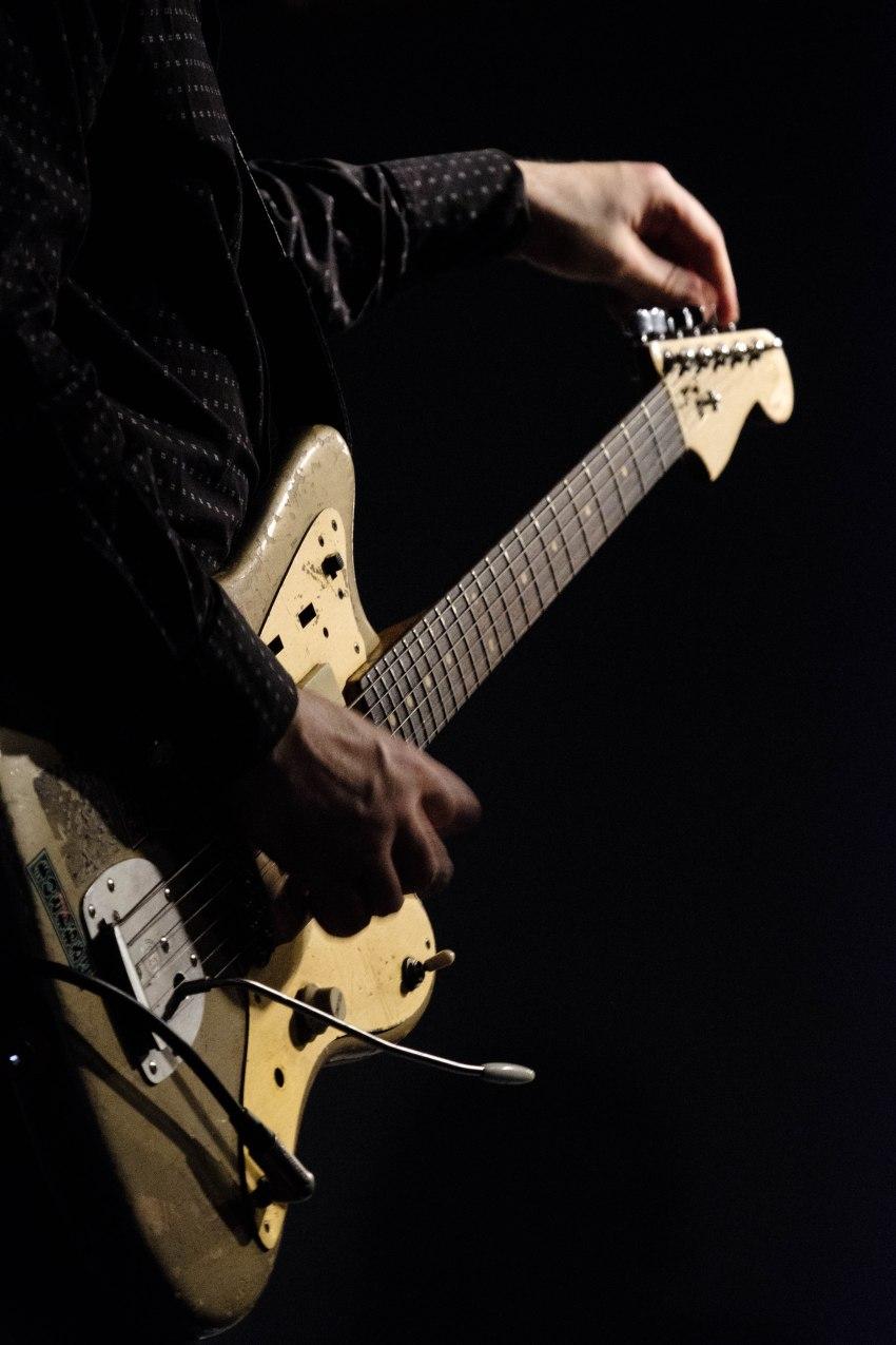 Thurtston Moore Band James Sedwards guitar Nuemos