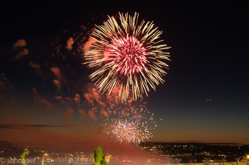 Fireworks Lake Union smaller (12 of 14)